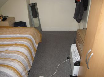 All Bills Included, Large Double Room with En Suite Bath, WC, Couples Accepted, Off Road Parking