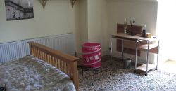 Large 5 Double Bed Superior Student House, Driveway Parking, Ideal Location for Local Facilities and University