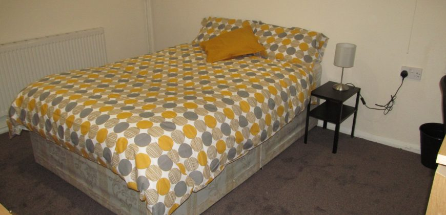 ALL BILLS INCLUDED, Double Room in an Upmarket Spacious 6 Bed House, Excellent Location, Ideal for Town, University, Hospital