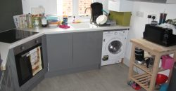 Next To University, Upmarket, Spacious 2 Double Bedroom Flat