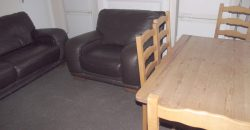 Recently Refurbished, Superior 3 Double Bed House, Spare 4th Room Ideal for Town, Hospital, University
