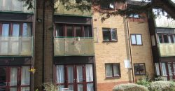 Recently Refurbished, Spacious Modern 1 Double Bedroom En Suite Flat, Separate WC, Off Road Parking