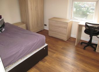 Renovated, Refurbished, Spacious 3 Double Bedroom Apartment