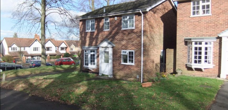 Refurbished, 4 Double Bed 2 Bath Upmarket Detached House, Walking Distance to University / Hospital,  Spare Room
