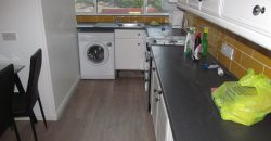 Newly Refurbished, Upmarket 4 Double Bedroom, 3 Bath House