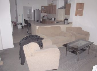 Upmarket 4 Double Bedroom 2 Bath Flat, Spacious KItchen / Lounge