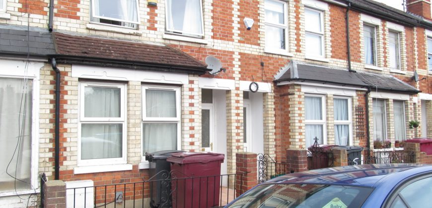 Spacious Great Quality 4 Double Bed 2 Bath Student House