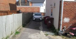 Spacious 3 Bath 6 Double Bed Semi, Feature Annex Flat, Off Road Parking