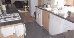 Recently Refurbished UpMarket Spacious 2 Bath 5 Double Bed House