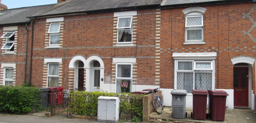 Upmarket, Spacious 4 Double Bedroom House