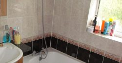 Spacious 2 Bath 4 Double Bed Semi, Ideal for University, Driveway Parking, Quiet Location