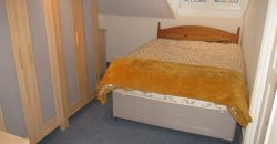 Spacious Double Bedroom Flat, Walking Distance to Oracle, Town, Stations