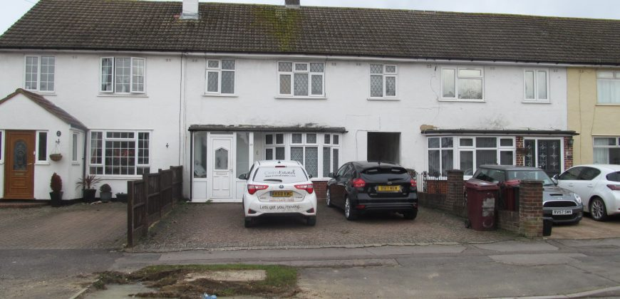 All Bills Included, Double Room in a 3 Bed Flat, Off Road Parking, Ideal for Green Park, Tesco Distribution Centre, M4