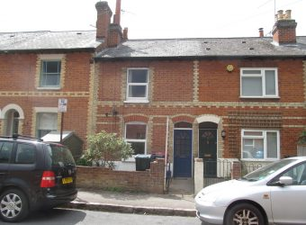 Upmarket 4 Double Bedroom House, Large Kitchen, Spare Attic Room