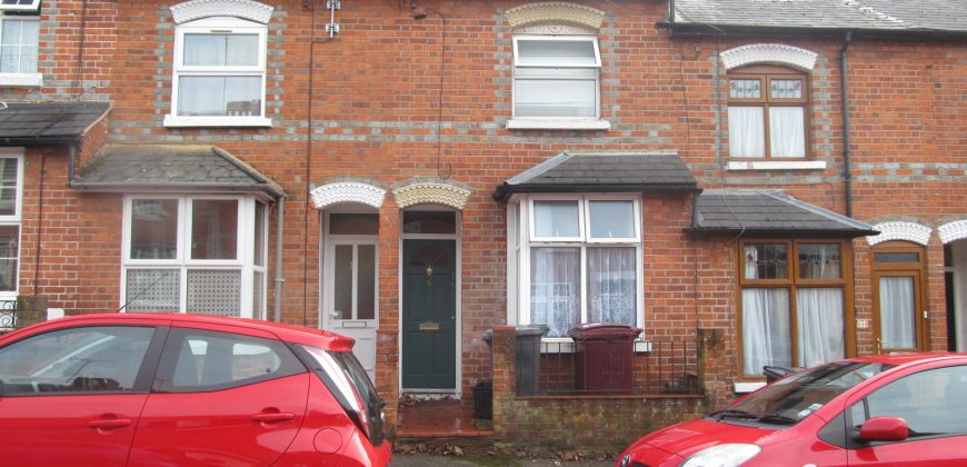 Refurbished 4 Double Bedroom House, New Kitchen, New Shower Room, Ideal for Students
