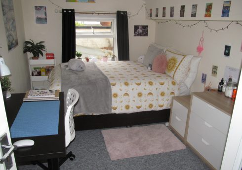 Superior 6 Double Bed, 3 Bath Student House, Garden, Walking Distance to University