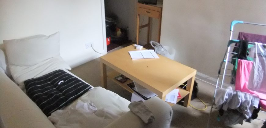 3 Double Bedroom House, Spare Room as Study / Games / Storage Room, Ideal for Hospital and University