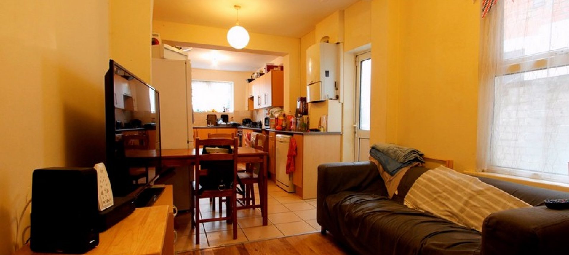 Refurbished, Spacious Superior 7 Double Bed 2 Bath House