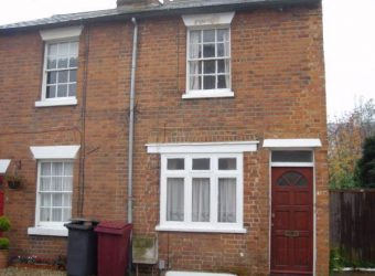 Refurbished, 4 Double Bed Semi Detached House, Ideal for Town, Hospital, University